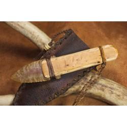 Couteau à lame en silex de style Ötzi C416
